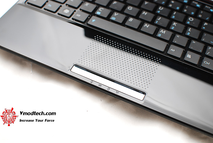 7 Review : Asus UL30v (Intel Core 2 Duo SU7300)