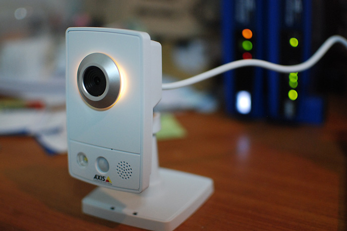11 Review : AXIS M1031 W CCTV IP Camera