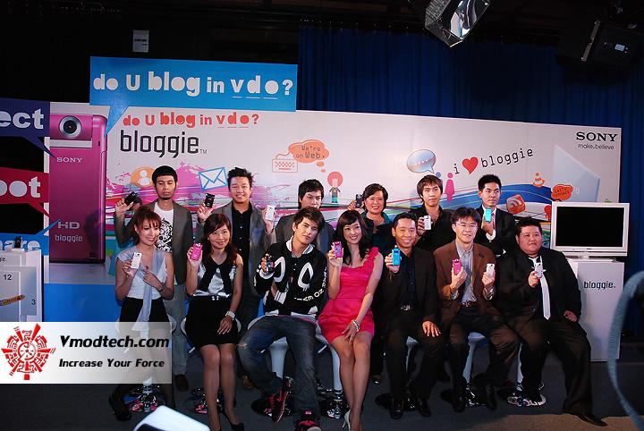 1 เปิดตัว Sony Bloggie กล้องวีดีโอ HD MP4 จิ๋วใหม่จากโซนี่