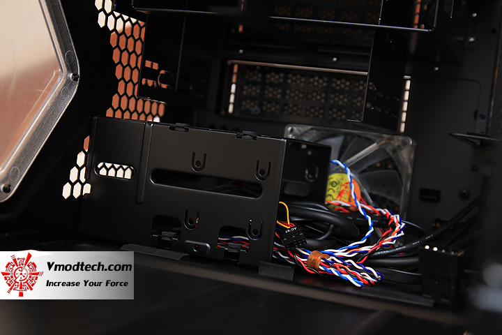 8 Review : CMStorm Enforcer Mid Tower Gaming case