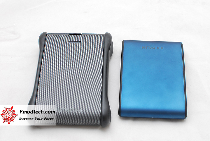 9 Review : Hitachi SimpleTough Portable Drive 320gb
