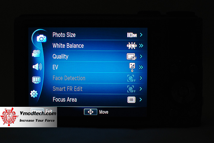 15 Review : Samsung WB2000