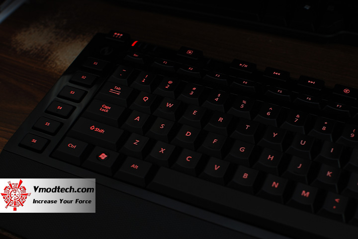 8 Review : Microsoft Sidewinder X4 Gaming Keyboard