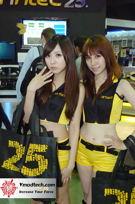 12 Pretty Girls of Computex Taipei 2011