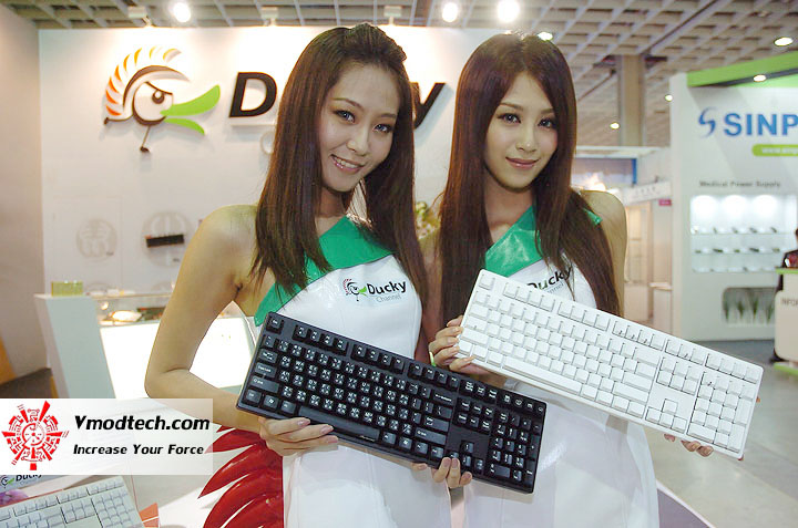8 Pretty Girls of Computex Taipei 2011