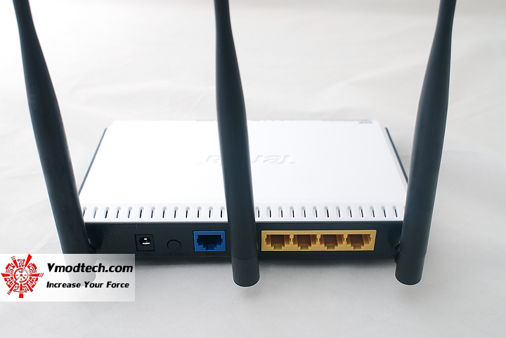 6 Review : Tenda W303R N300 Wireless N Superb Range Router