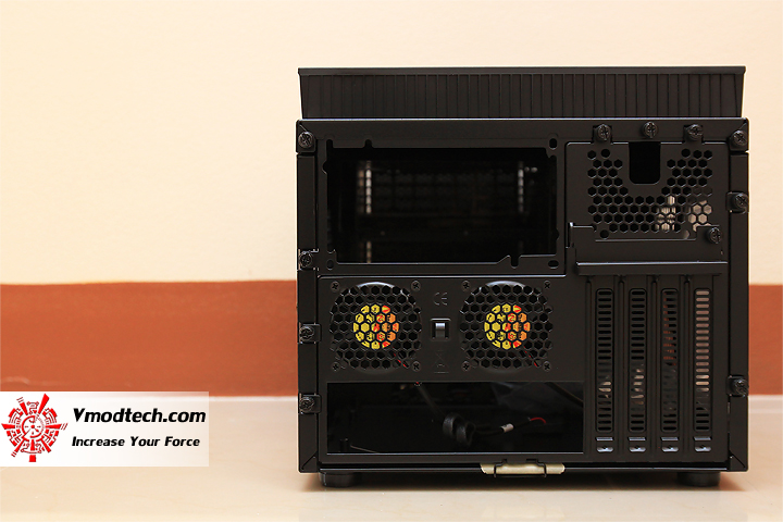 6 Review : Thermaltake Armor A30