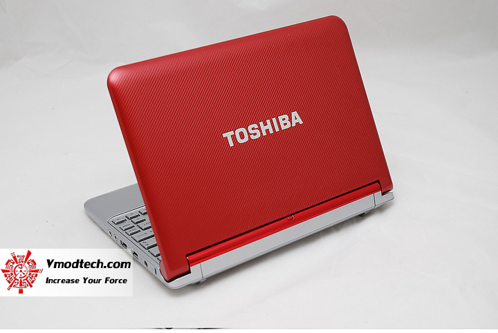 3 Review : Toshiba NB305 Netbook